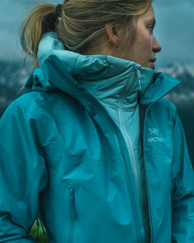By CollectionHandpicked rock Snow Experts Arc'teryx dBoWrxCe